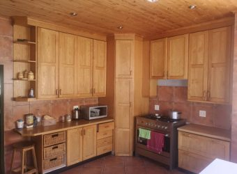 House for sale in Hochland Park